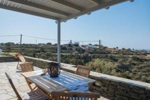 A balcony or terrace at Villa Alnetti