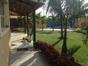A garden outside Casa praia Aracaju