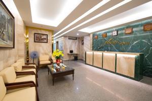 My Hotel - Night Hanoi