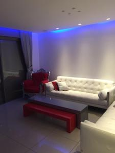 A seating area at Aquarelle