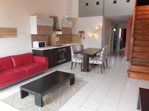 Cuisine ou kitchenette dans l'établissement Villa 5 personnes proche Airbus