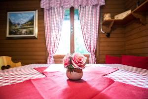 A bed or beds in a room at Chalet LISA