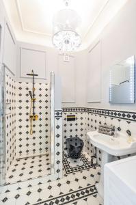 Salle de bains dans l'établissement Glamour Frida apartment