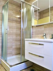 A bathroom at Villa Gaj