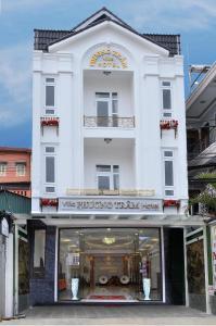 Phuong Tram Villa Hotel