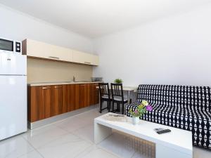 A seating area at Apartmani Maria