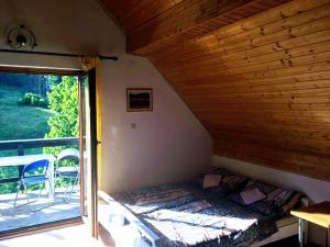 Ein Bett oder Betten in einem Zimmer der Unterkunft Šumski dvor