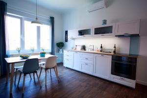 Kitchen o kitchenette sa Tkalcha4U