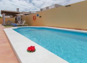 The swimming pool at or near Villa Bella Lucia 1. Piscina Climatizada, WiFi, BBQ.