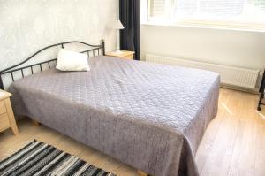 Voodi või voodid majutusasutuse Pärnu Sadama 4 Street Apartment toas