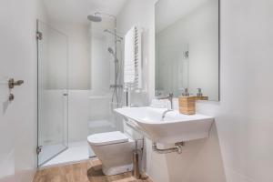 A bathroom at Slow Suites Bellas Artes