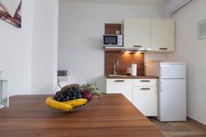 A kitchen or kitchenette at Apartment Francesco