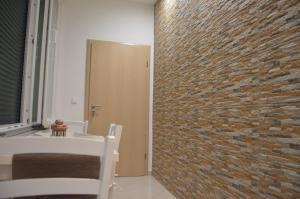 Ein Badezimmer in der Unterkunft Apartment Ferara