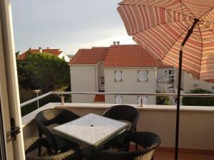 A balcony or terrace at Apartaments Warchol
