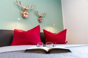 Ein Bett oder Betten in einem Zimmer der Unterkunft Freiburg Apartments Friedrichring