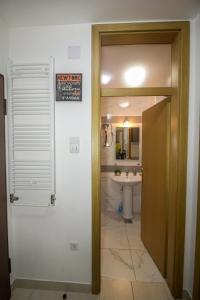 Ein Badezimmer in der Unterkunft Apartment Barby - Deluxe
