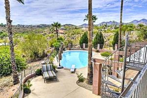 A view of the pool at Fountain Hills Views or nearby