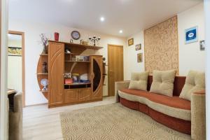 A seating area at Apartment Olovyanka
