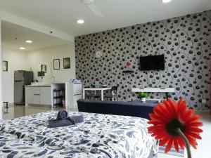 A television and/or entertainment center at Peanut House @ Trefoil Setia Alam