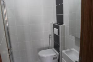 A bathroom at Marmaravizyon Apartment
