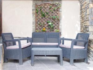 A seating area at Aparthotel Casa Vella