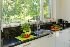Küche/Küchenzeile in der Unterkunft Lotsenstieg 11