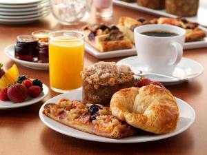 Breakfast options available to guests at Hyatt Place Residences Dubai / Al Rigga