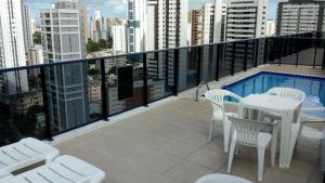 A balcony or terrace at Flat Recife