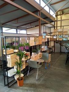 Restoran atau tempat makan lain di Beit Alward