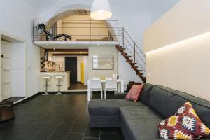 Area soggiorno di 1743 Loft