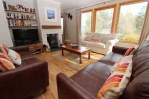 A seating area at Mallachie Holiday Rental