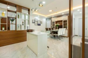 The lobby or reception area at LUXURY GOLD APARTMENT 5 - Rooftop Pool City View In the HEART HCM 1207