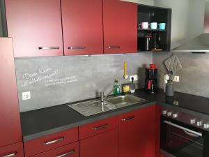 A kitchen or kitchenette at Fewo Ehrlich Sächs. Schweiz