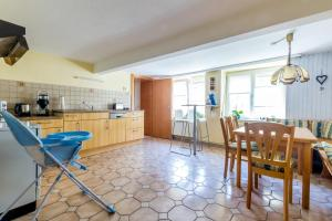 Küche/Küchenzeile in der Unterkunft Ferienwohnung Andrea