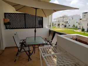 Balkonas arba terasa apgyvendinimo įstaigoje Location marina saidia
