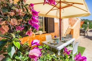 Siseõu või muu väliala majutusasutuses Appartamento con Spiaggia Privata Wi-fi Parking