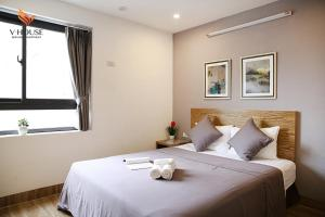 V House 5 Serviced Apartment