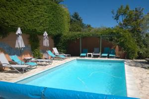 The swimming pool at or close to Villa Aspremont