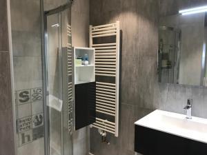 Salle de bains dans l'établissement VILLA 87 - AY CHAMPAGNE