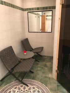 A bathroom at Utsikten