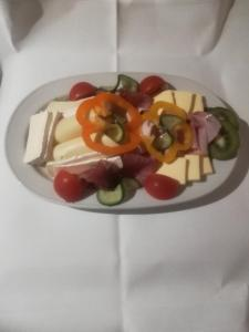 Essen in der Ferienwohnung oder in der Nähe