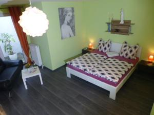 A bed or beds in a room at Gästewohnung Benjaro