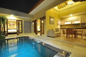 The swimming pool at or near The Jas Villas