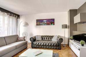 O zonă de relaxare la Modern Flat 15min Paris - Orly