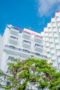 Quang Tung Hotel