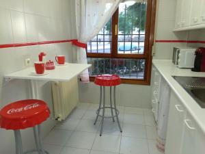 Una cocina o zona de cocina en El Balcón del Tajo. Toledo. Wifi. Garaje