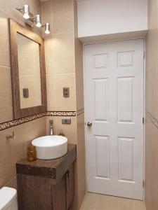 Un baño de Residencial Altamira