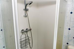 Een badkamer bij Park Paarlhof 17