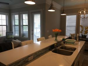 A kitchen or kitchenette at Resort Getaway