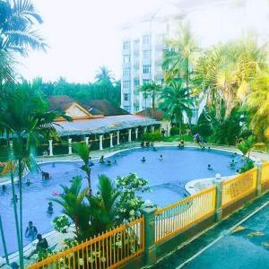 The swimming pool at or close to RADJA OceanView Resort